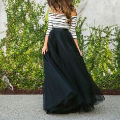 34 The Best Winter Wedding Guest Outfit Ideas To Keep Warm - Wedding outfits present an interesting problem for ladies today. Such a unique event requires an especially extraordinary outfit, frequently taking a . Two Piece Dress, The Dress, Maxis, Maxi Skirt Outfits, Maxi Skirts, Pleated Skirt, Long Chiffon Skirt, Maxi Dresses, Modelos Fashion