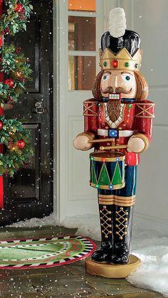 Nutcracker Christmas Decorations, Outside Christmas Decorations, Blue Christmas Decor, Diy Christmas Lights, Christmas Crafts For Adults, Christmas Yard Art, Outdoor Christmas, Christmas Ornaments, Classic Christmas Carols