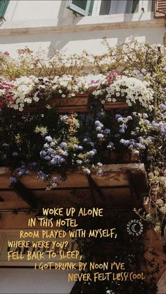 Harry Styles - From the dining table 5sos Wallpaper, Harry Styles Wallpaper, Picture Wall, Photo Wall, Style Lyrics, Harry Styles Quotes, Pretty Songs, Getting Drunk, Harry Edward Styles