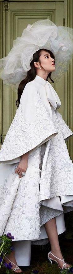 Ralph & Russo Haute Couture Paris, Ralph And Russo, Asymmetrical Design, Black White Red, Fashion 101, Bridal Boutique, Classic Style, Classic Fashion, Elegant Dresses