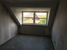 Een dakkapel is vaak makkelijk te plaatsen en zorgt voor veel extra ruimte! Timmerbedrijf Enter kan u helpen met het vakkundig plaatsen van een dakkapel of andere aanpassingen. Voor meer info kijk op www.timmerbedrijfenter.nl