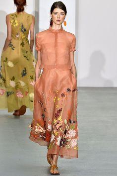 Jasper Conran Spring/Summer 2017 Ready To Wear Collection British Vogue Fashion 2017, Runway Fashion, Spring Fashion, Fashion Show, Fashion Dresses, Womens Fashion, High Fashion, Party Fashion, Winter Fashion