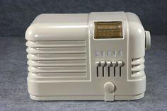 Delco Art Deco Bakelite Tube Radio | eBay