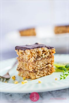 Piernik szybki bez leżakowania, z polewą czekoladową i konfiturą.  #piernik #przepis #ciasto #bożenarodzenie #cake #wypieki Krispie Treats, Rice Krispies, Banana Bread, Aga, Food, Essen, Meals, Rice Krispie Treats, Yemek
