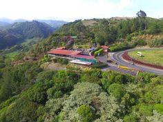 Un restaurante que brinda tanto al paladar como al espíritu, encuéntrelo entre las montañas.  #BocaditoDelCielo