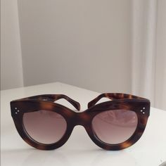 Celine Sunglass Caty Celine Sunglasses Caty. Gorgeous. CL41050/S made in Italy. Havana Brown tortoise.  100% Authentic. Comes with suede case and cloth. Excellent condition like new. No scratches. Please make OFFERS using the offer button. Thanks Celine Accessories Sunglasses