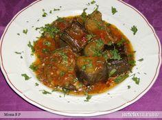 asa arata o portie de vinete. Romanian Food, Anna, Meat, Fine Dining, Food, Kitchens