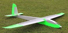 Rc Plane Plans, Airplane Design, Aircraft Design, Gliders, Airplanes, Gardening, How To Plan, Board, Planes
