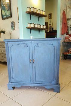 Annie Sloan Greek Blue and Graphite wash