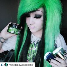 """""""Olivia green in this crazy cool hair here by @marydeadwonderland  #greenhair #hermansamazinghaircolor #hermansprofessional #veganhaircolor #scenehair"""""""