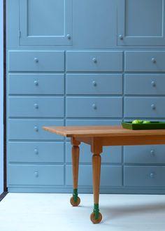 Home/ Shakermöbel, Shaker furniture Tinyhouses, Shaker Furniture, Colonial America, Shaker Style, Modern, Cabinets, Creative, Interior, Design