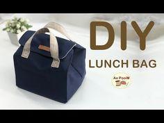 DIY LUNCH BAG, PICNIC BAG // วิธีทำกระเป๋าใส่กล่องอาหารแบบง่ายๆ - YouTube Diy Mochila, Sewing Tutorials, Sewing Projects, Drawstring Bag Diy, Sac Lunch, Backpack Tutorial, Picnic Bag, Denim Crafts, Insulated Lunch Bags