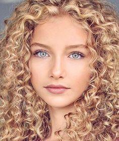Sabrina blond свежее смотреть