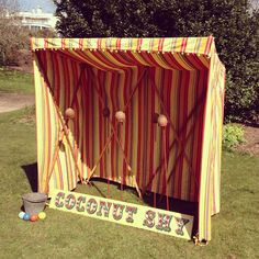 Coconut shy - Deluxe game - The Very Vintage Hire Company Ltd