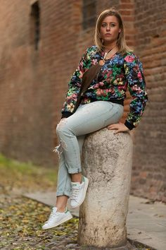 http://vittoriacasini.blogspot.it/2014/10/today-with-stan-smith-in-sporty-look.html