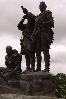 Lewis & Clark & Sacawagea statue Great Falls MT (sbg)