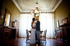 Wedding Story: Foto + Film di Raffaella ed Enrico. Location: Pieve Del Tho + Villa Corte. Immersi nello splendore di Brisighella.