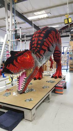 Awesome T-Rex Build - - beautiful cutest funny wild basteln lustig zeichnen Lego Display, Lego Design, Lego Creations Instructions, Lego Dragon, Big Lego, Lego Sets, Lego Animals, Lego Sculptures, Pokemon
