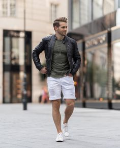 Check out Fashion Fashionist Design Fashions Ideas Gifts Dress Clothes Hats Comfort Men Women Girls Boys Shirts Pants Slacks Prom Pictures Photos Alex Turner Leather Jacket, Terno Slim, Red Suede Jacket, Brown Trench Coat, Biker Leather, Celebrity Outfits, Boys Shirts, Perfect Man, Ideias Fashion