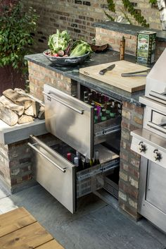 Inspiration for a mid-sized timeless backyard patio kitchen remodel in Chicago w. - Inspiration for a mid-sized timeless backyard patio kitchen remodel in Chicago with no cover Inspir - Small Outdoor Kitchens, Outdoor Kitchen Bars, Backyard Kitchen, Outdoor Kitchen Design, Backyard Patio, Backyard Barbeque, Modern Backyard, Back Patio Kitchen Ideas, Fun Kitchens