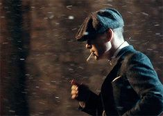 Peaky Blinders GIF Boardwalk Empire, Cillian Murphy Tommy Shelby, Alfie Solomons, Red Right Hand, Cillian Murphy Peaky Blinders, Apple Watch Wallpaper, Period Movies, Cartoon Tv Shows, Little Kittens