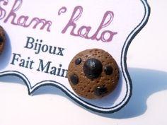 Boucles d'oreilles cookies  http://www.alittlemarket.com/boucles-d-oreille/boucles_d_oreilles_puce_cookies_-4643327.html