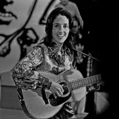 Folk Singers of the 70s | Joan Baez and Judy Collins: My Two Favorite Folk Musicians