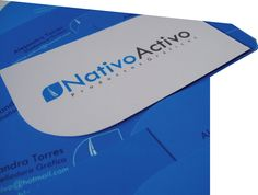 Nativo Activo es un grupo de trabajo conformado por cuatro diseñadores gráficos tadeístas (Andrés Suárez, Jeisson Reyes, Natalia Hincapié y Alejandra Torres)  que se dedica al desarrollo de productos gráficos, enfocado en los proyectos  que promueven soluciones a temas de comunicación empresarial. Tras un año  de trabajo, Nativo Activo se ha convertido en un estudio de diseño, especialista  en comunicación visual.  Imagen y proyecto Nativo Activo -1