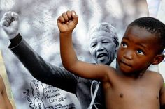"""""""As long as poverty, injustice and gross inequality persist in our world, none of us can truly rest."""" Nelson Mandela. Inspiring words from an inspiring human being on #MandelaDay. Thanks to UNICEF France for sharing."""