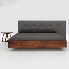 Simple Button Bed |