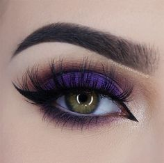 vibrant purple smokey eye