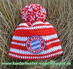 Kunterbunter Vogel: FC Bayern München-Mütze