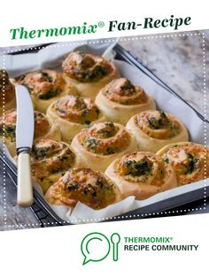 Recipe THREE CHEESE AND SPINACH ROLL by Thermomix in Australia, learn to make this recipe easily in your kitchen machine and discover other Thermomix recipes in Baking - savoury. Spinach Rolls, Recipe Community, Baby Spinach, Household Tips, Breads, Recipies, Vegetarian, Australia, Cheese
