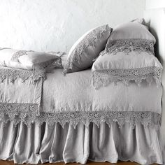 Bella Notte Linens Frida Pillowcase - Delicate scallops of cotton lace drape airily off the edge of our signature Linen Pillowcase—an un - Black Bed Linen, Bed Linen Design, Luxury Bedding Collections, Bed Sets, Cool Beds, Linen Bedding, Bedding Decor, Master Suite, Master Bedroom