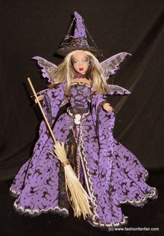 Halloween Doll, Halloween Fashion, Holiday Costumes, Holiday Outfits, Girl Doll Clothes, Doll Clothes Patterns, Witch Dolls, Dolly World, Custom Barbie
