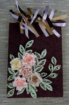 Tirinhas de papel, fitas e arte/Slips of paper, ribbons and art.
