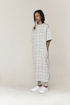 The label Mr Larkin and the eponymous online concept store Look Fashion, Womens Fashion, Fashion Design, Fashion Trends, Mode Style, Style Me, Tienda Fashion, Look Street Style, Minimal Fashion