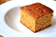 A wonderfully simple and flavoursome cake made with golden or maple syrup for a dense, rich and moist texture.