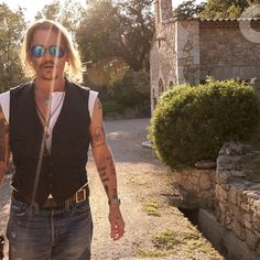 Johnny Depp interview A world exclusive discussion with the actor. He spoke, we listened and here is the truth Johnny Depp wants you to hear. Celebrity Dads, Celebrity Crush, Johnny Depp Interview, Greg Williams, 21 Jump Street, Fleet Street, Johny Depp, Z Cam, Gq Magazine