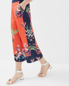 Discover women's pants with Ted Baker. Find a wide range of chinos, jeans and tailored designs to suit your style. Fashion 2017, Fashion Outfits, Ted Baker Bag, Red Pants, Oasis, Designer Dresses, Beachwear, Your Style, Kimono Top