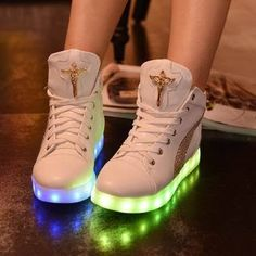 3b043eae58 tenis de led feminino cano alto - Pesquisa Google Women s Shoes