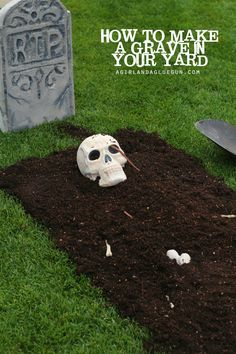 how to make a grave in your yard--and it's on trash bags so you can move it so it doesn't ruin your yard!!! suepr easy!
