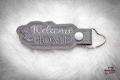 Schlüsselanhänger - * Schlüsselanhänger * Taschenbaumler * Home *  - ein Designerstück von Martina-Widera bei DaWanda
