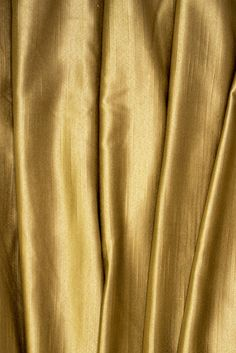 gold.quenalbertini: Golden Texture Golden Texture, Gold Girl, Gold Aesthetic, Shades Of Gold, Princess Of Power, Touch Of Gold, Gold Rush, In This World, Colours