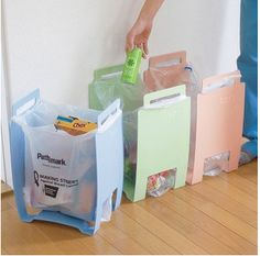 Ben the Bin (from Dragon's Den) for recycling carrier bags and other organising tips