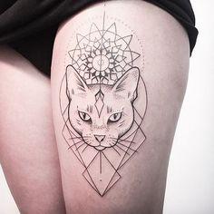 Chat tatouage #cat_tattoo_thigh