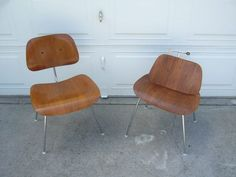 How-To refinish our library chairs // eames dcm lcm lcw dcw herman miller modern chair furniture