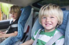 10 trucs bêtes (mais malins) pour occuper les enfants en voiture