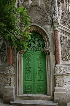 © petalouda62Istambul mosquee door