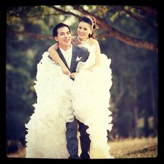 Pre photo wedding Groom, Ruffle Blouse, Bride, Wedding, Tops, Women, Fashion, Mariage, Moda